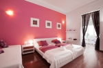BBB - Jardinets Guest House by Bed & Breakfast in Barcelona
