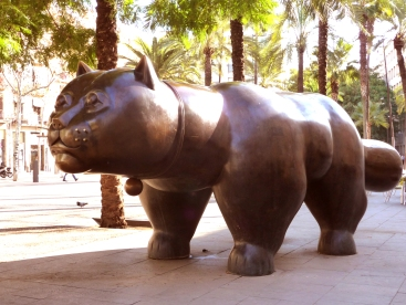 Gratis in Barcelona... Fernando Botero Cat by Bed and Breakfast in Barcelona